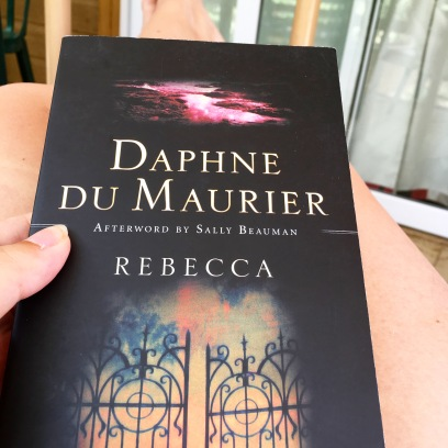 Rebecca Daphne du Maurier book review